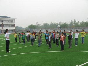 小学生丰富多彩的兴趣活动课